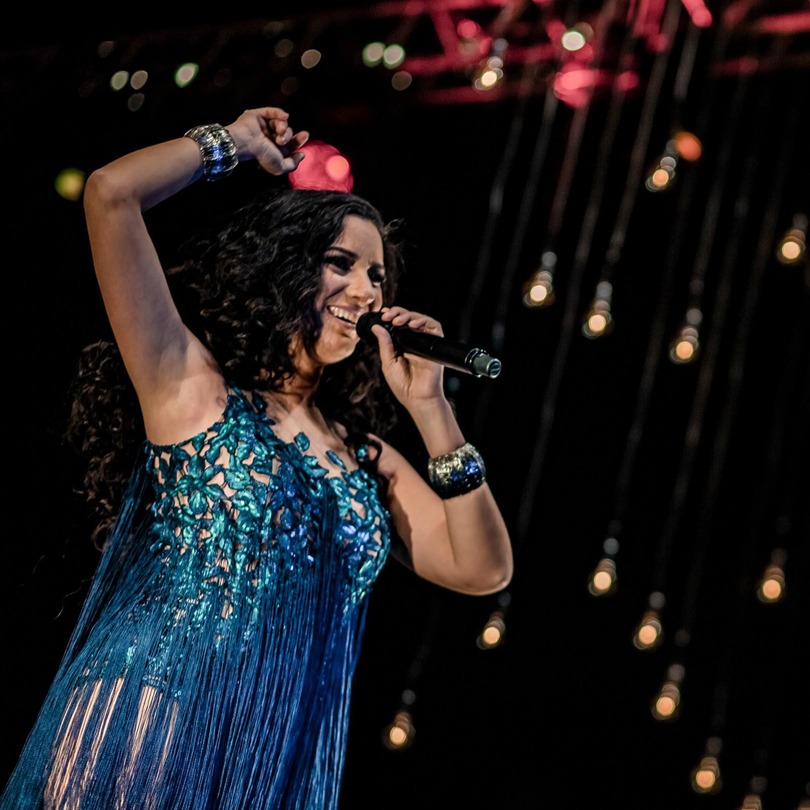 Aline Calixto vira 'Dona do pedaço' em gravação ao vivo que inclui Beth Carvalho