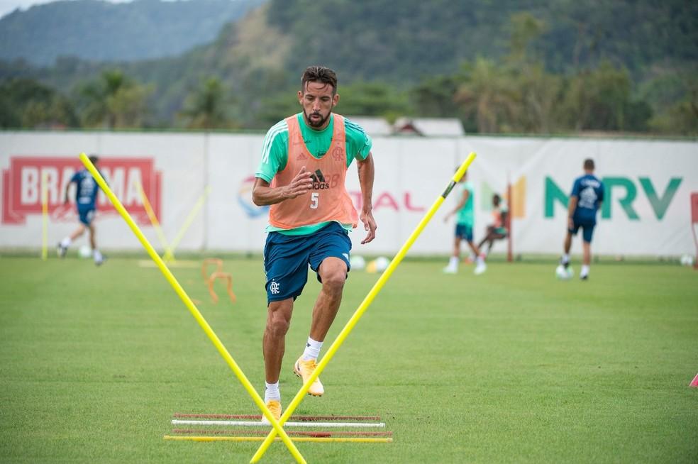 Isla treina no Ninho do Urubu  — Foto: André Vidal / Divulgação / Flamengo