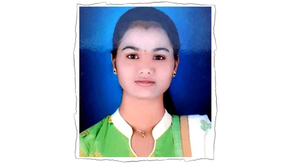 Neha Sharad Chaudury morreu no seu aniversário de 18 anos na Índia — Foto: Manohar Shewale/BBC