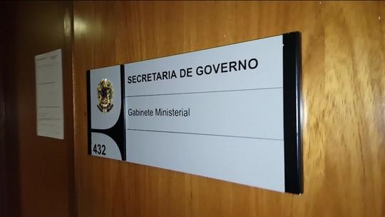 A três semanas do fim do prazo, ao menos 9 ministros planejam deixar cargos para disputar eleições