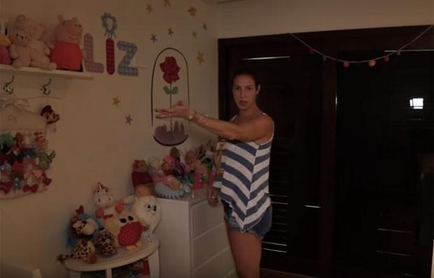Luana Piovani exibe quarto de Liz (Foto: Reprodução)