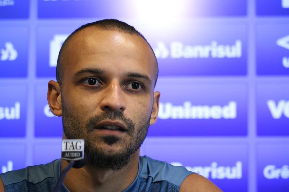 Thaciano estava perto de ir ao Santos — Foto: Lucas Bubols/GloboEsporte.com
