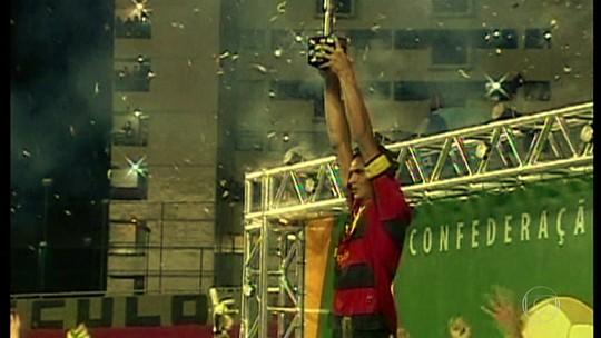 Saídas de Durval e Magrão encerram geração campeã da Copa do Brasil no Sport