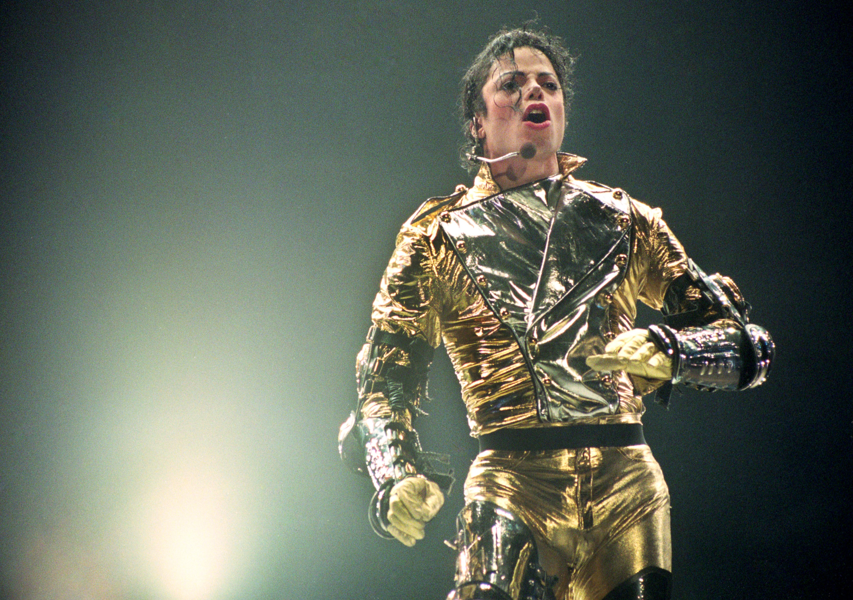Michael Jackson, o Rei do Pop - e do estilo (Foto: Getty Images/ Phil Walter)