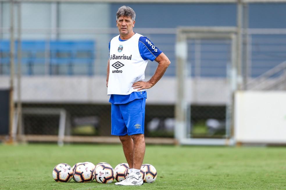 Renato Gaúcho assegura classificação na Libertadores — Foto: Lucas Uebel/Grêmio/Divulgação