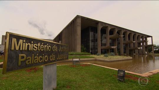 Bolsonaro edita medida provisória e transfere Coaf para o Banco Central