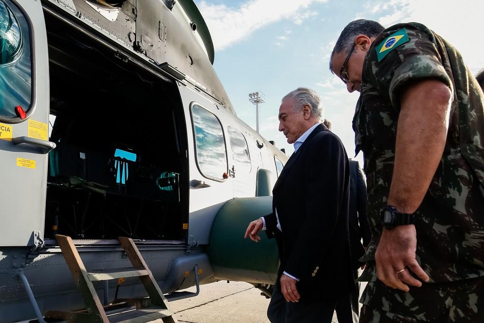Temer visita tropas das Forças Armadas no Rio de Janeiro neste domingo (30) (Foto: Alan Santos/Presidência da República)