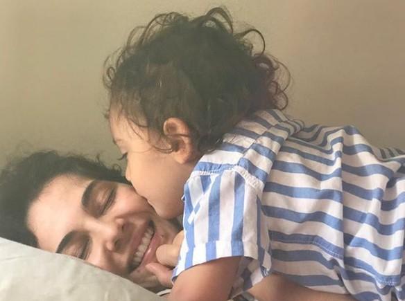 Tainá Müller com o filho, Martin (Foto: Reprodução Instagram)