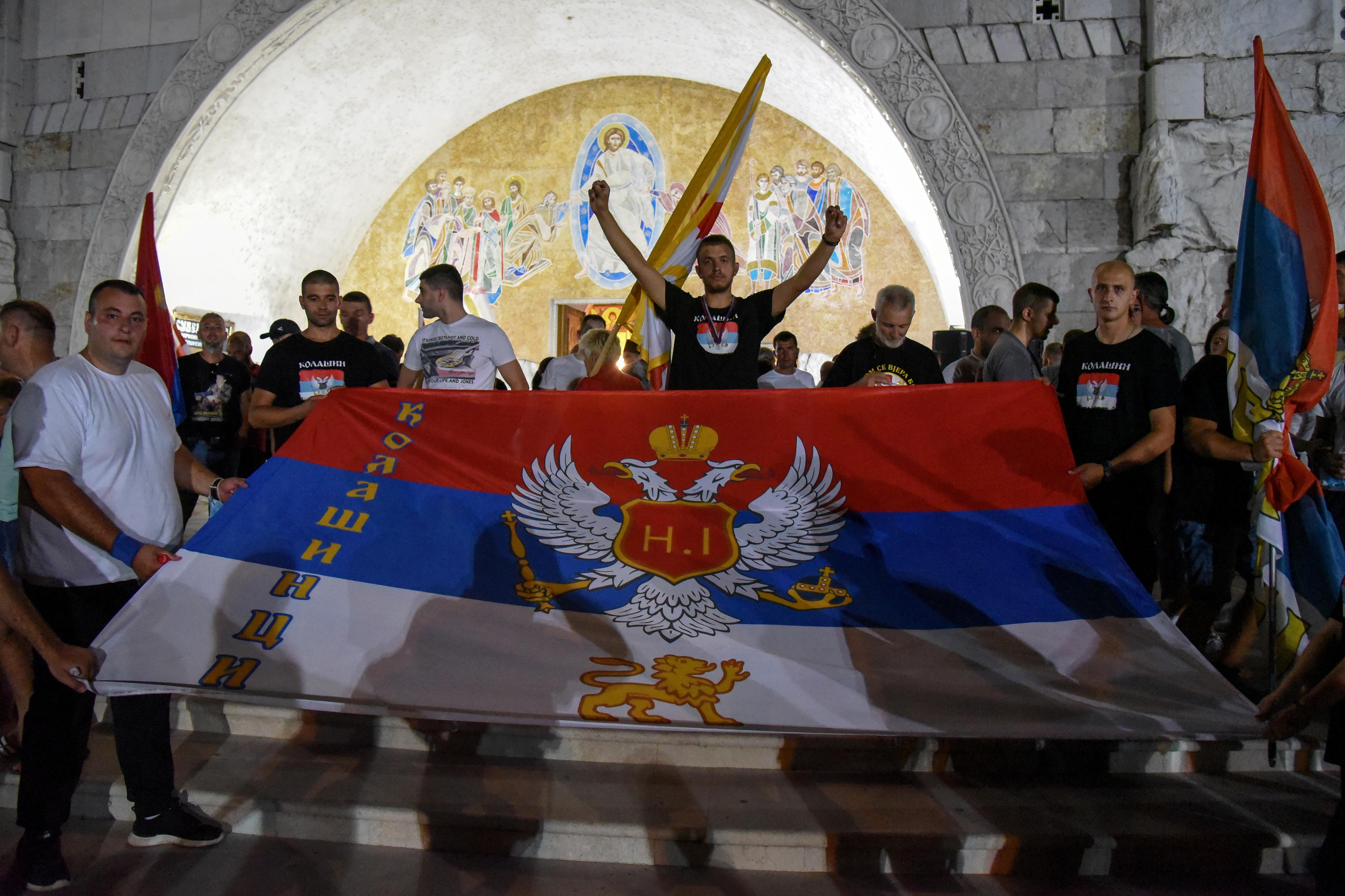 Montenegro e Sérvia expulsam embaixadores