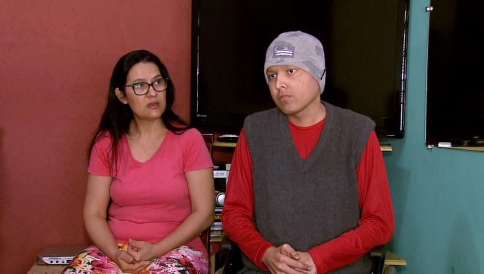mae filho - Falsa grávida procurou igreja e convidou família do ex para batizado da filha que nunca existiu