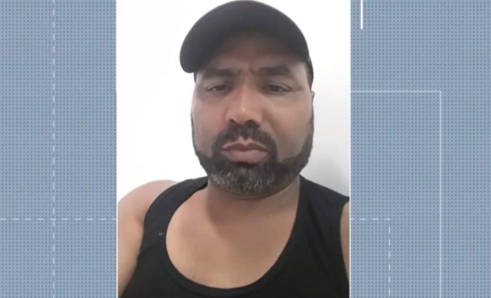 Familiares de garotos que sonham em ser jogador de futebol denunciam homem que diz ser agenciador na Bahia — Foto: Reprodução/TV Bahia