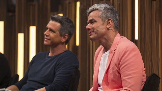 Otaviano Costa se 'derrete' com homenagem de Flávia Alessandra e das filhas no 'Tamanho Família'