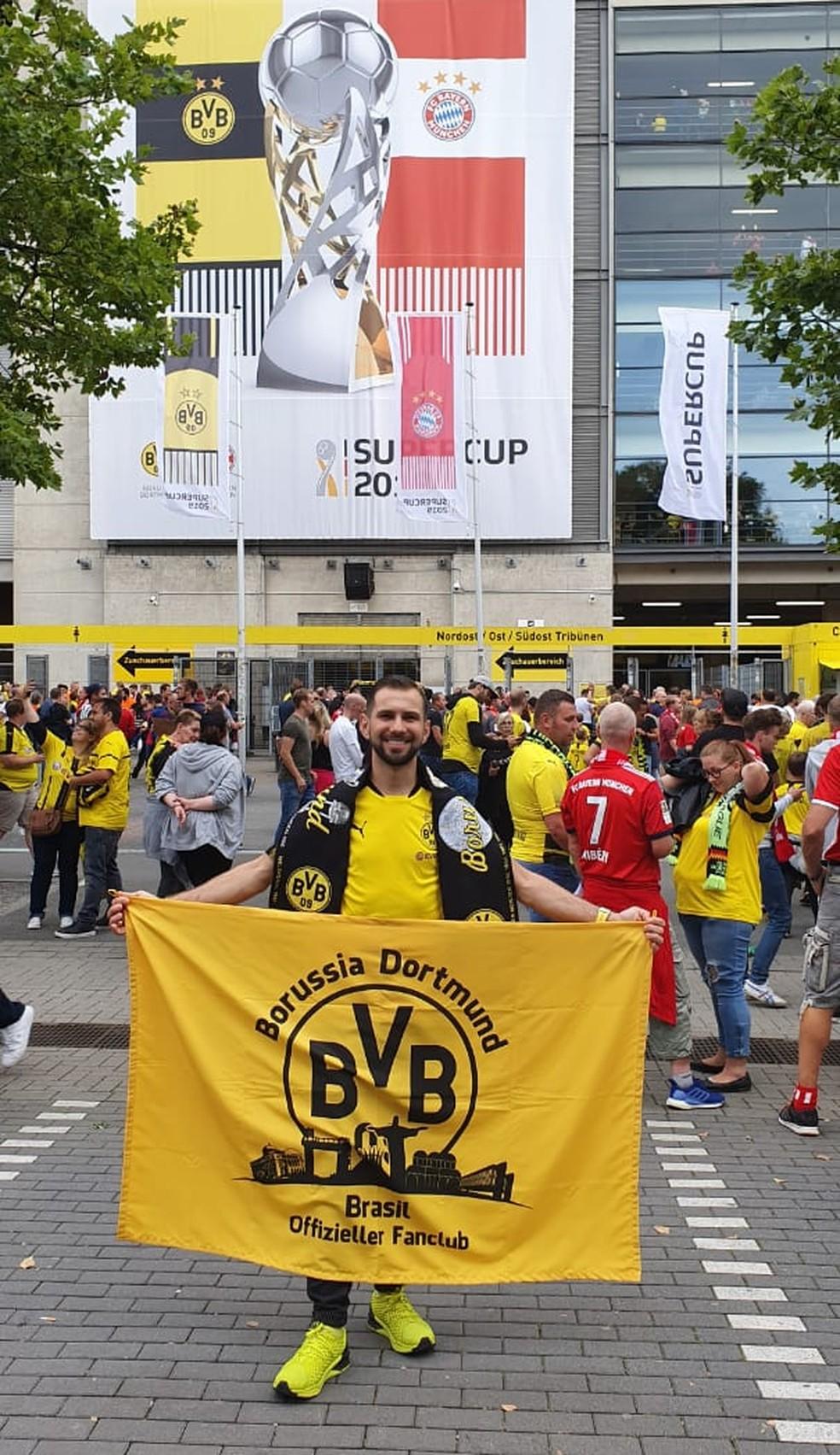 Jorge acompanhou in loco a decisão da Supercopa alemã em 2019 — Foto: Arquivo Pessoal