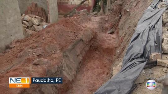 Moradores pedem providências para área onde muro de arrimo cedeu em Paudalho