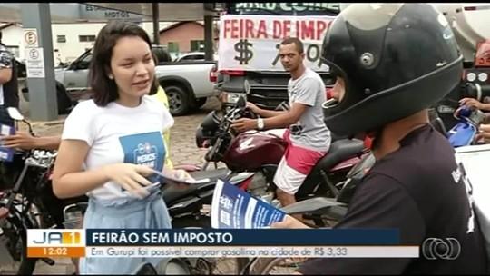 Moradores fazem fila para comprar gasolina de R$ 3,33 em Gurupi durante Feirão do Imposto