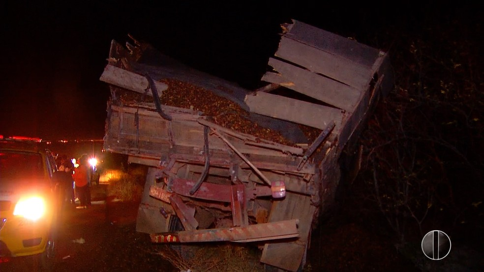 Cerca de 10 pessoas ficaram feridas no acidente — Foto: Reprodução Inter TV Cabugi