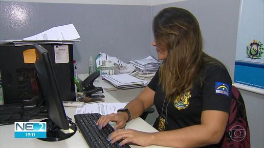 Policiais são treinados para atender mulheres vítimas de violência em delegacias de Pernambuco
