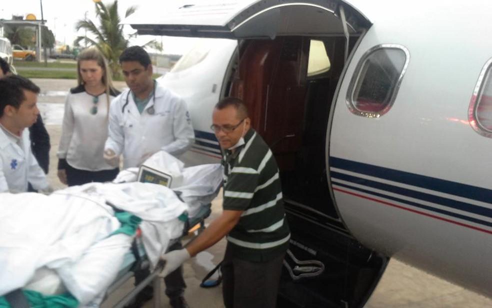 Dia da transferência de Márcio Ronny de São Luís para Goiânia (Foto: Jade Bona/G1)