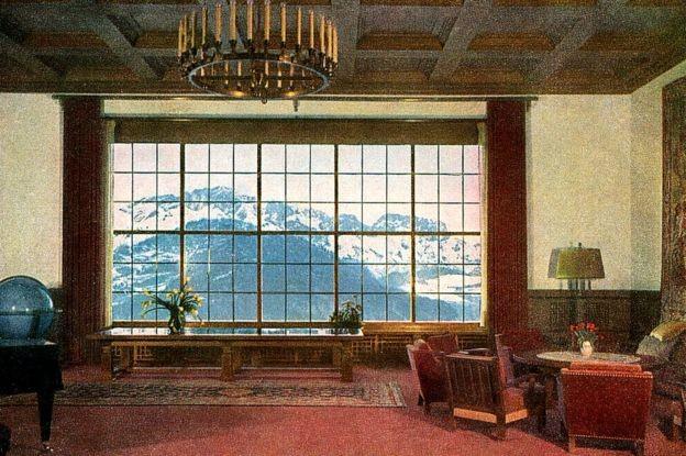 """Alguns dos objetos """"necessários para levar uma vida simples e modesta"""" estavam em Berghof (Foto: Getty Images via BBC)"""