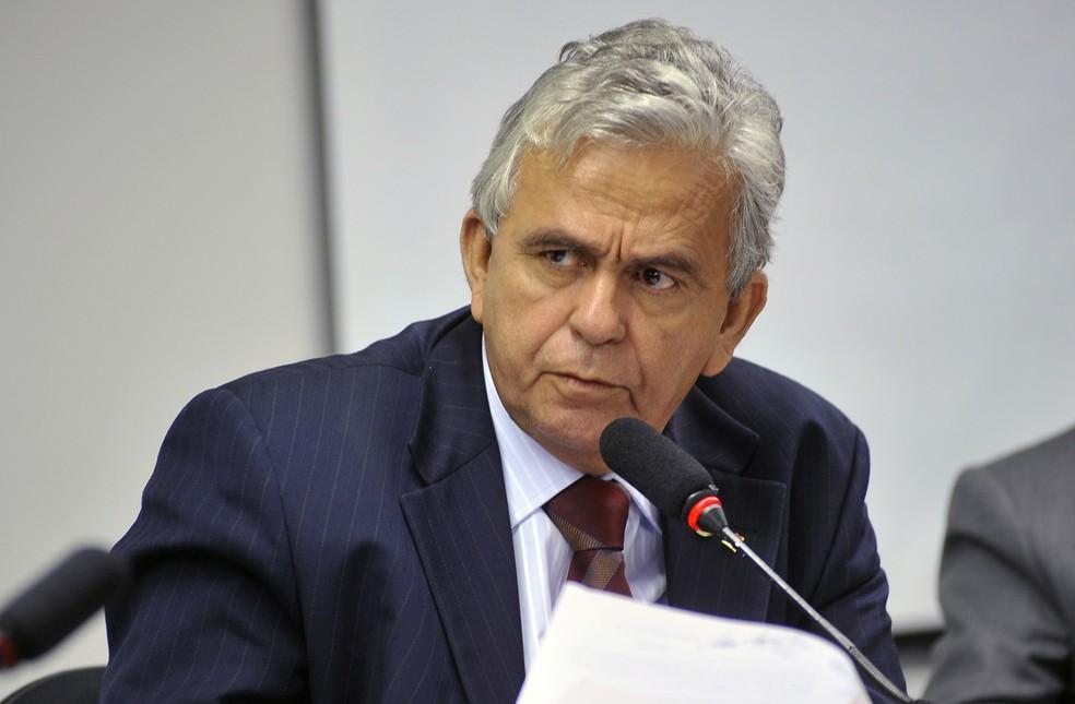 Resultado de imagem para Deputado Pedro Fernandes substitui Nogueira como ministro do Trabalho
