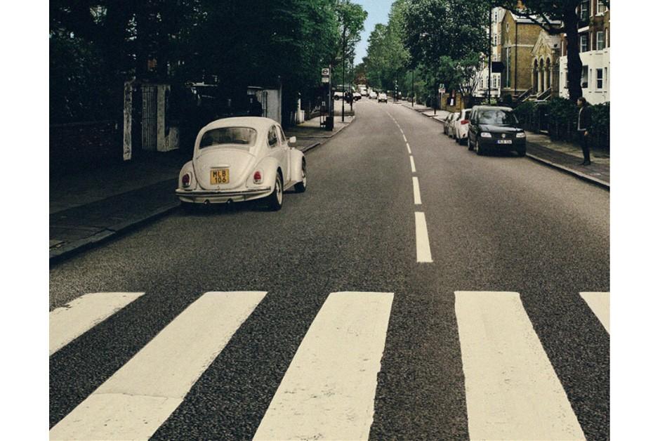 Sem os Beatles à frente, o Fusca corretamente estacionado (Foto: Divulgação)