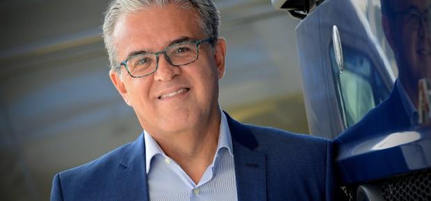 Luiz Carlos Moraes, diretor de comunicação e relações governamentais da Mercedes-Benz do Brasil (Foto: Divulgação)