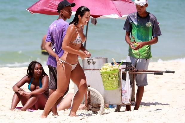 AGN_1456575 - rio de janeiro, BRASIL  -  *EXCLUSIVO*  - Yanna Lavigne na praia da Barra da TijucaPictured: Yanna LavigneAgNews 14 JANEIRO 2019 BYLINE MUST READ: Dilson Silva / AgNews Xico Silvatelefone: (21) 98240-2501email: agnews.f (Foto: Dilson Silva / AgNews)