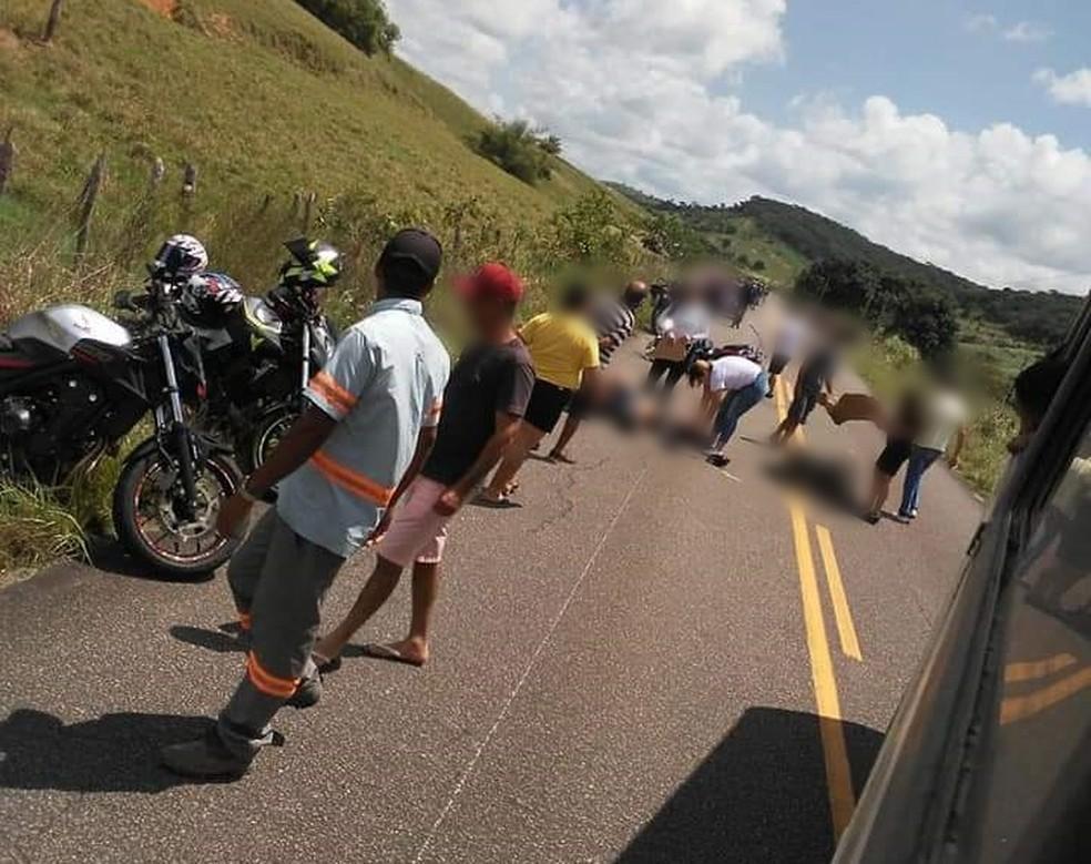 Acidente foi registrado na PE-96, em Água Preta — Foto: WhatsApp/TV Globo/Reprodução