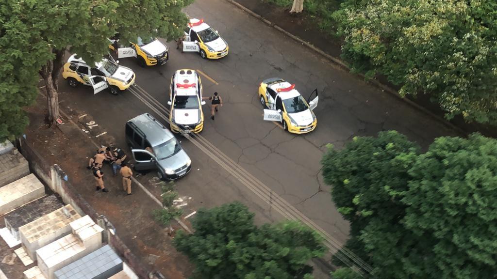 Suspeito de furtar carro é preso após perseguição com auxílio de helicóptero, em Londrina; VÍDEO