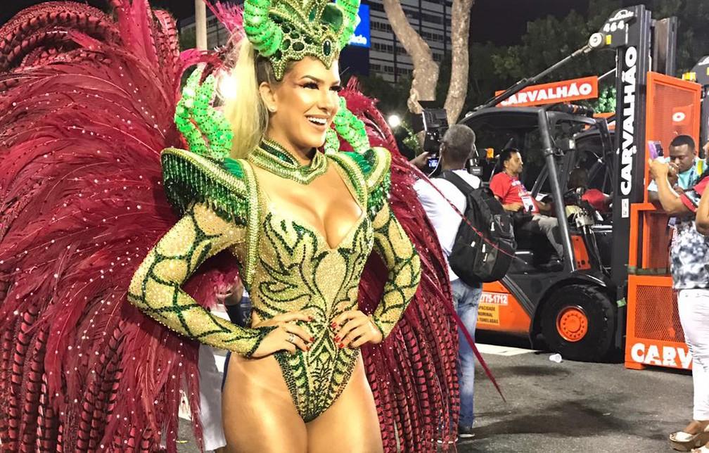 Lorena Improta, destaque da Viradouro (Foto: Juliana Maselli/G1)