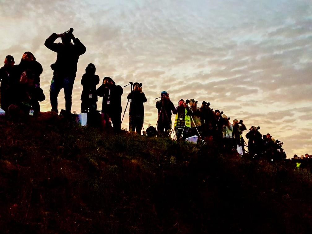 Amanhecer em Viracopos reúne fotógrafos no 'Spotter day', em Campinas. — Foto: Luciano Calafiori/G1