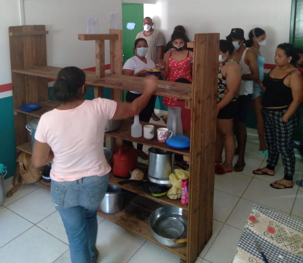 Abrigo oferece alimentação, atendimento médico, assistencial e hospedagem para imigrantes  — Foto: Arquivo/Assistencial Social  da Casa de Passagem Otonoel de Souza M. Oliveira
