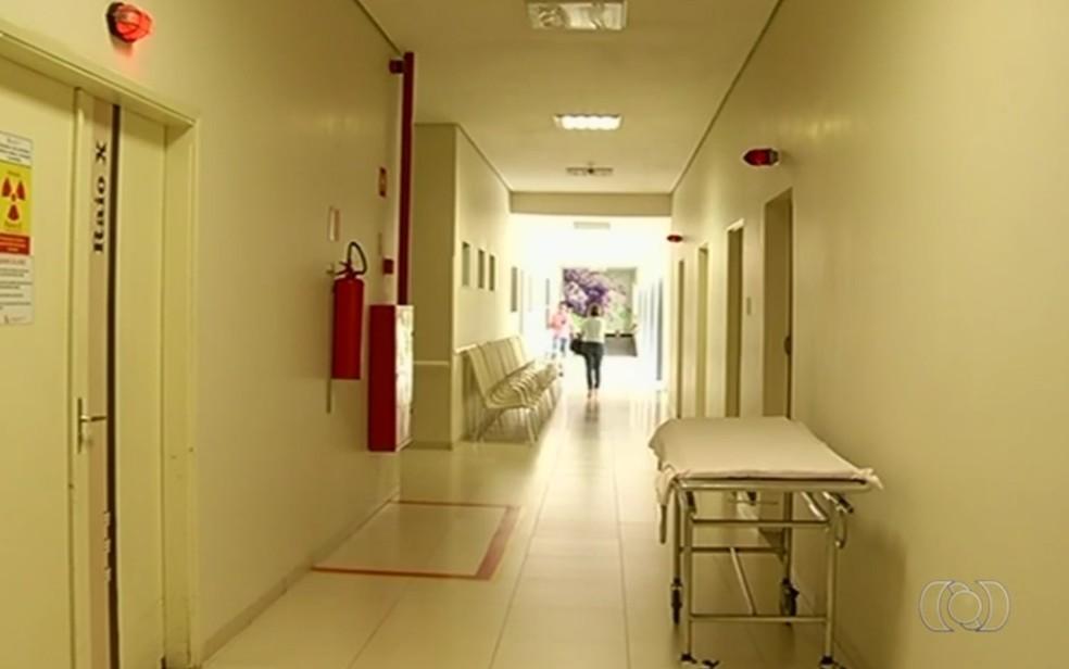 Todos os casos são de pacientes do Hospital Padre Tiago, em Jataí, Goiás (Foto: TV Anhanguera/ Reprodução)
