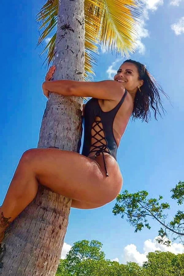 Viviane Araújo em foto no Instagram (Foto: reprodução/instagram)