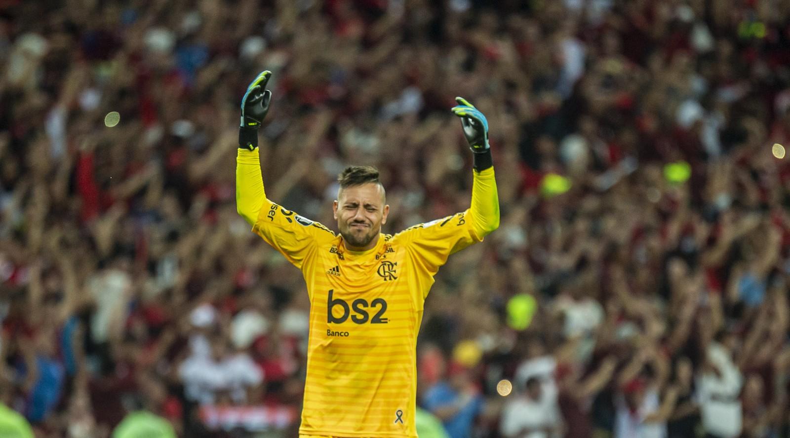 Diego Alves escreve carta à torcida do Flamengo É o maior time do mundo