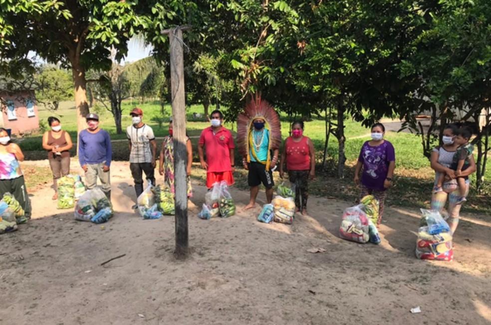 Para combater a Covid-19, projeto idealizado por indígenas leva alimentos e materiais de higiene a comunidades huni kuin no AC — Foto: Ninawá Inu Huni kui /Fephac