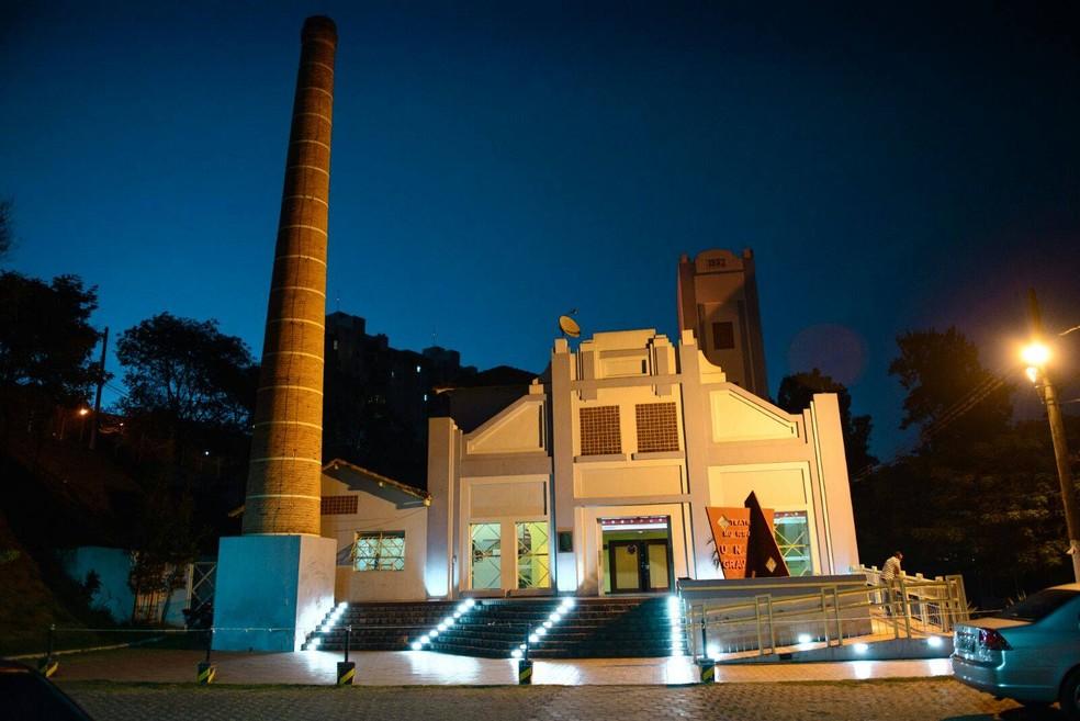 -  Teatro Municipal Usina Gravatá abre na quinta-feira  14  para o encerramento do   39;Circuito de Novos Talentos Musicais Regionais  39;  Foto: Prefei
