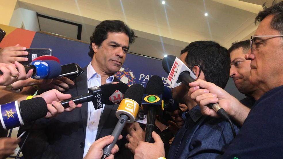 Executivo de futebol do São Paulo, Raí dá entrevista na FPF após definição das datas das semifinais — Foto: Martín Fernandez