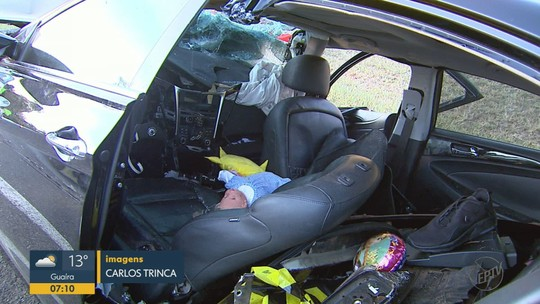 Colisão entre carro e caminhão deixa irmãos e bebê feridos na Anhanguera em Luiz Antônio, SP