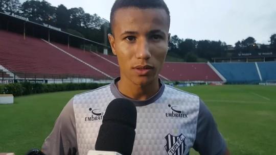 Quebra não, Cleitinho! Garoto dá entrevista e companheiros aplaudem no Tupi