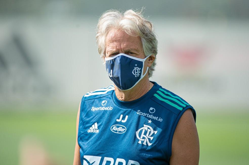 Jorge Jesus segue firme no compromisso com o Flamengo e não cogita deixar o clube