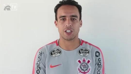Jadson renova contrato com o Corinthians até o fim de 2020