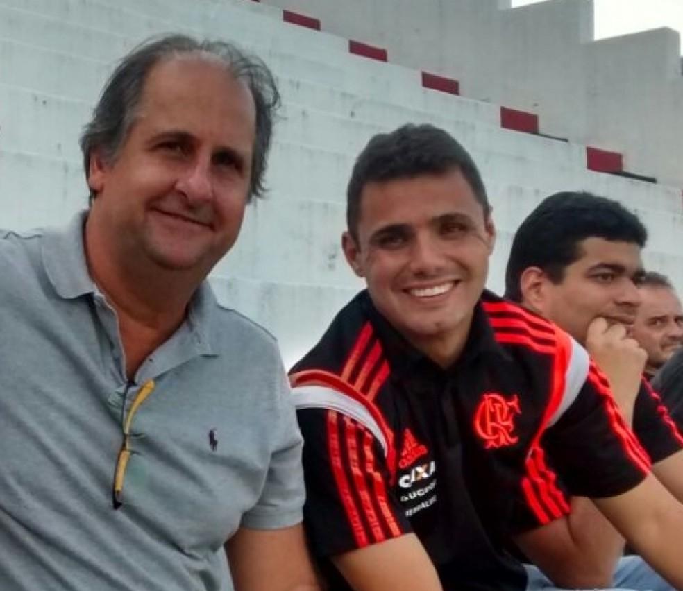 Léo Inácio fazia trabalho de longa data na base com Carlos Noval — Foto: Divulgação / Flamengo