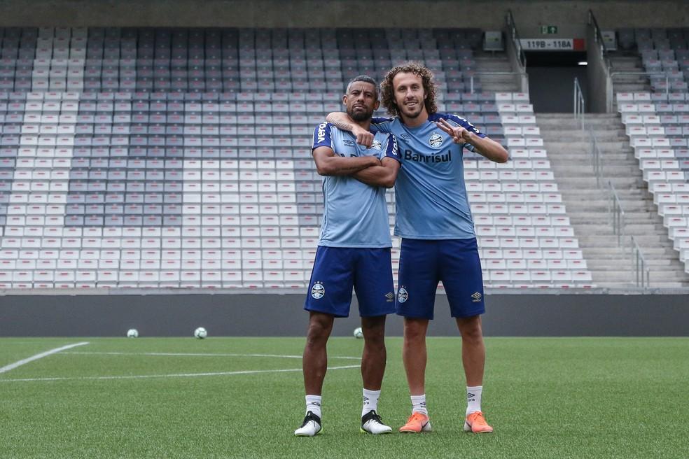 Galhardo substitui Léo Moura nesta quarta — Foto: Lucas Uebel/Grêmio