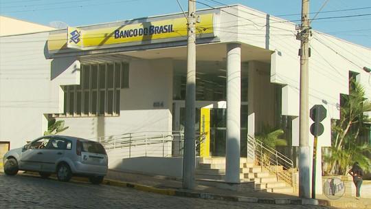 Em ação silenciosa, ladrões roubam todo o dinheiro de cofre de banco em Guaranésia, MG
