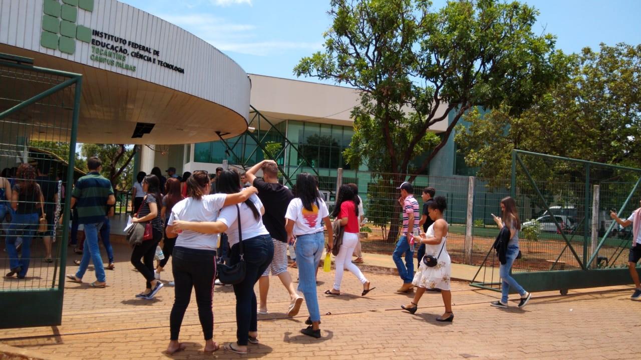 Mais de 12,9 mil candidatos deixam de fazer as provas no segundo dia do Enem 2019 - Notícias - Plantão Diário