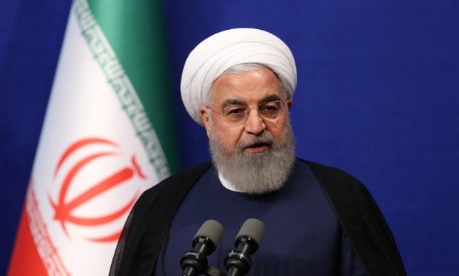 O presidente Hassan Rouhani fala durante um encontro com atletas iranianos em Teerã no dia 1 de Junho