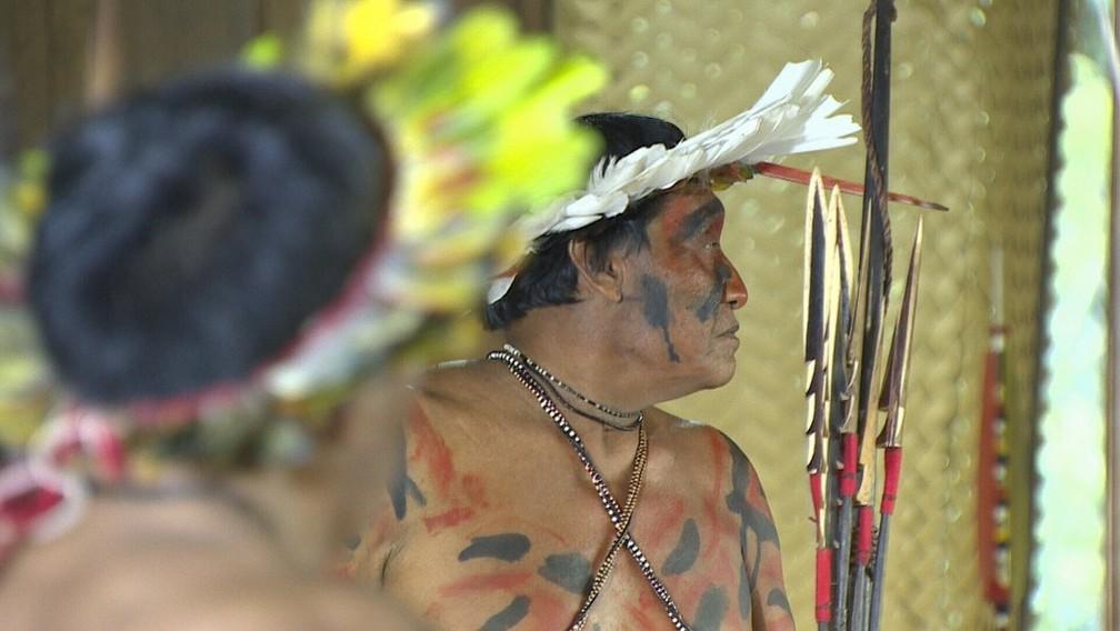 Indígenas da terra Uru EU Wau Wau são ameaçados por invasões de território.  — Foto: Reprodução/Rede Amazônica