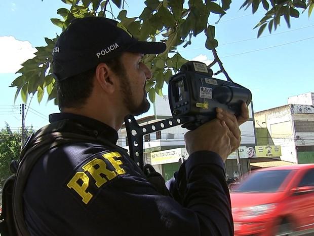PRF vai reforçar fiscalização nas estradas federais no Ceará (Foto: TV Verdes Mares/Reprodução)