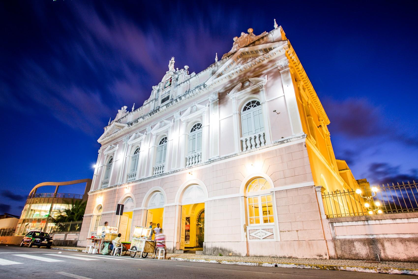 Confira a programação da comemoração aos 108 anos do Teatro Deodoro